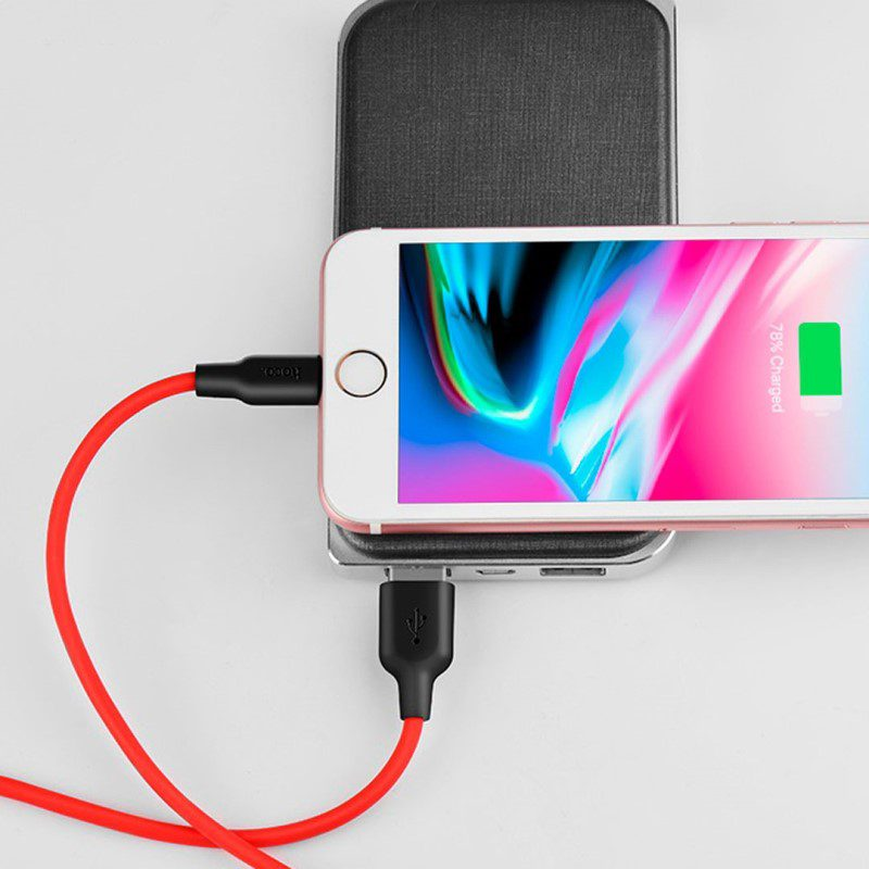 x21 silicone lightning charging cable connection