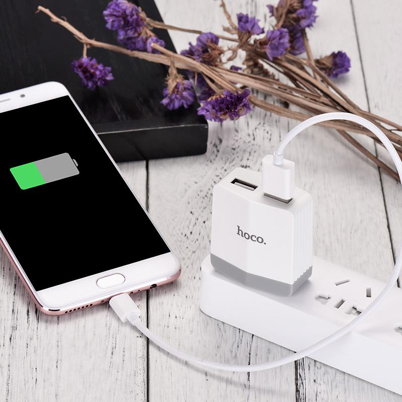 c13b dual usb charger charging