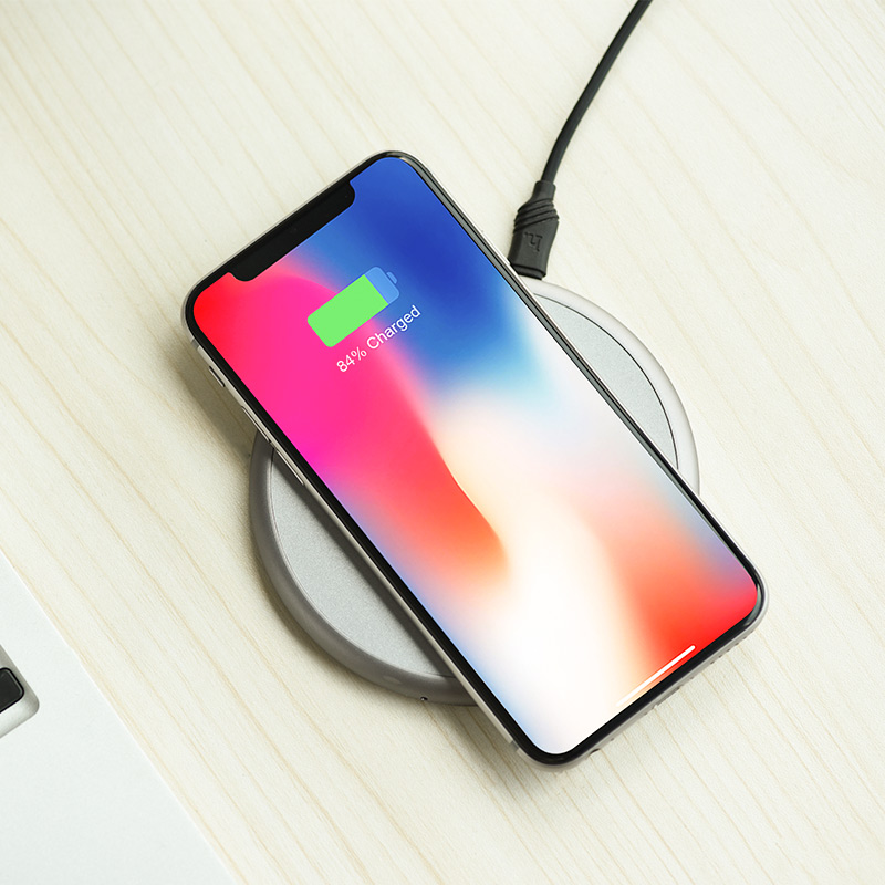 cw3a round wireless charger charging