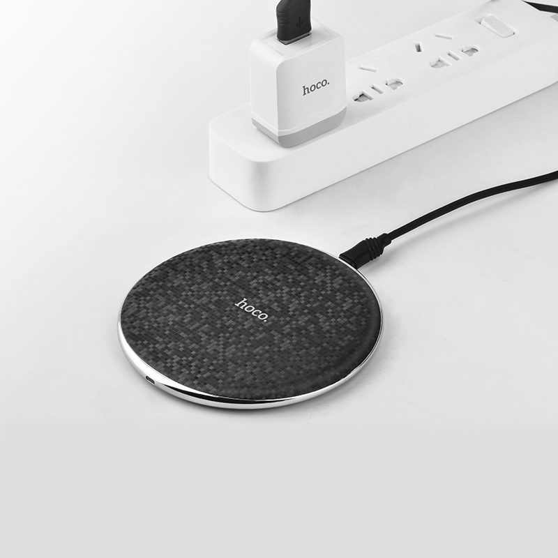 cw8 streaming wireless charger interior