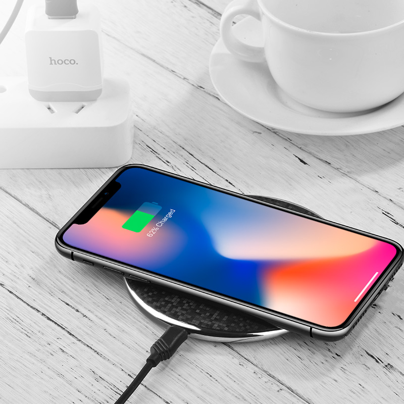 cw8 streaming wireless charger table