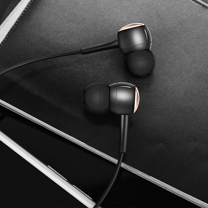 m19 drumbeat universal earphone interior