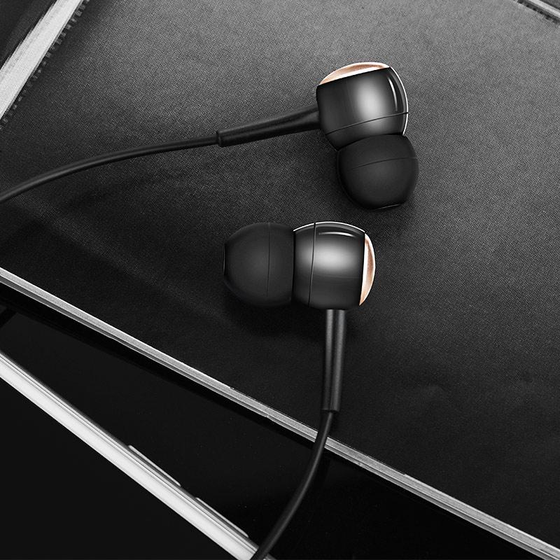m19 drumbeat universal earphone interior