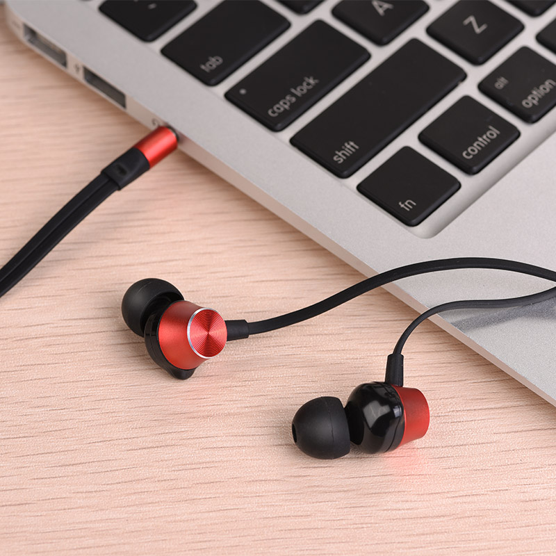 m32 universal earphones with microphone table