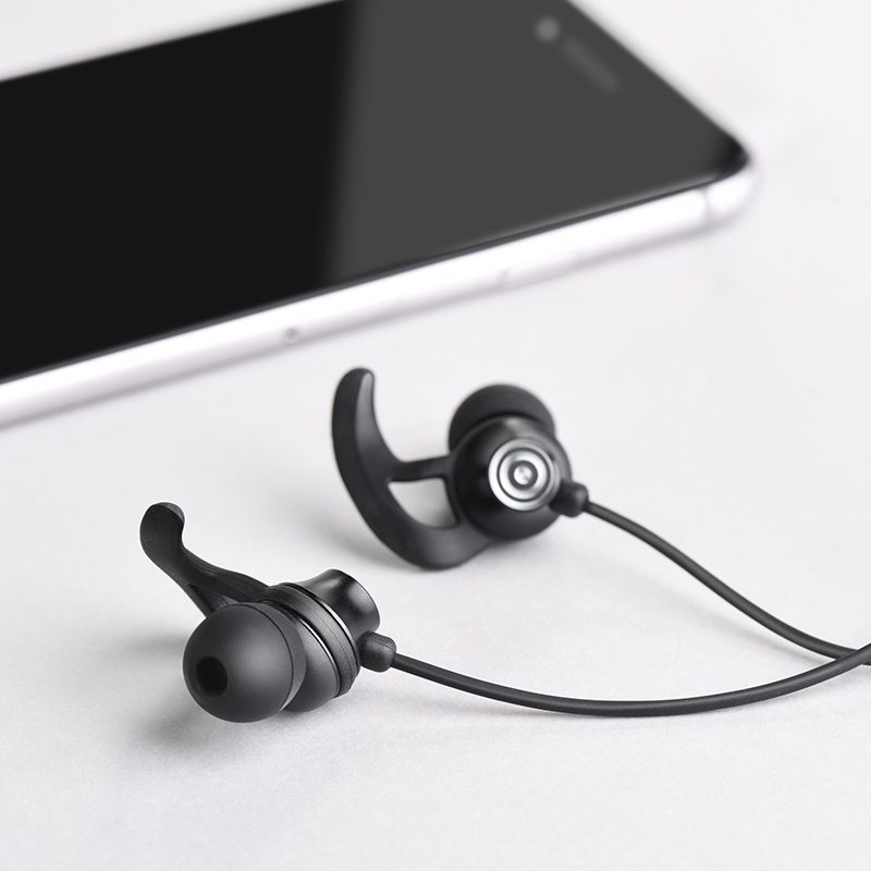 m35 universal earphones with microphone phone