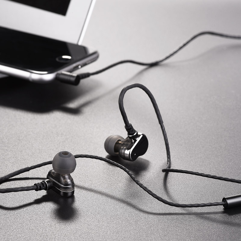 m36 double coil earphones with microphone notebook