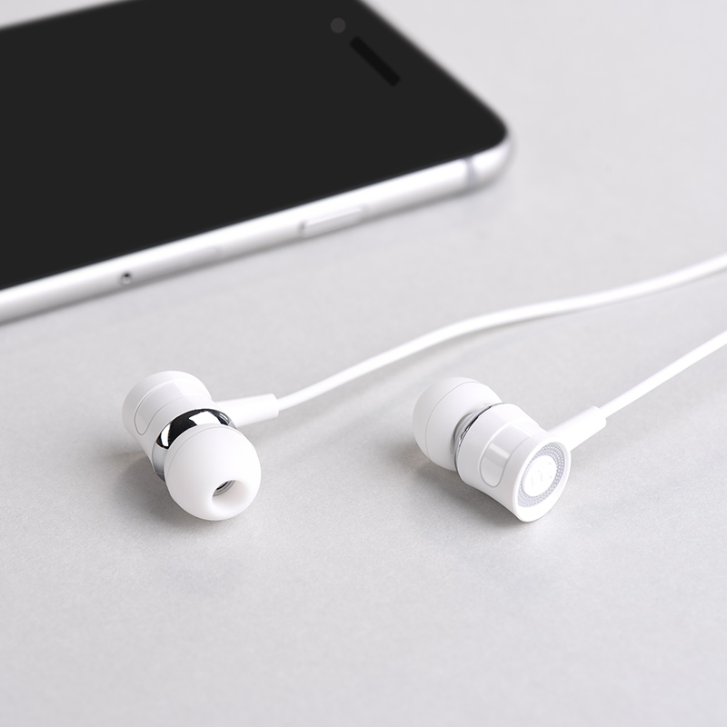 m37 universal earphones with microphone phone