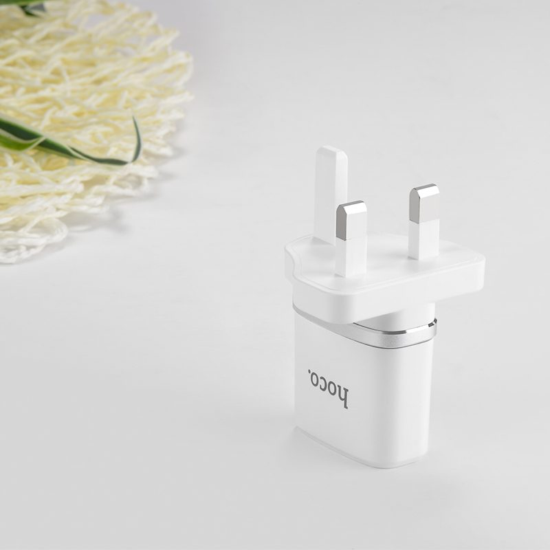 c11b smart single port charger interior