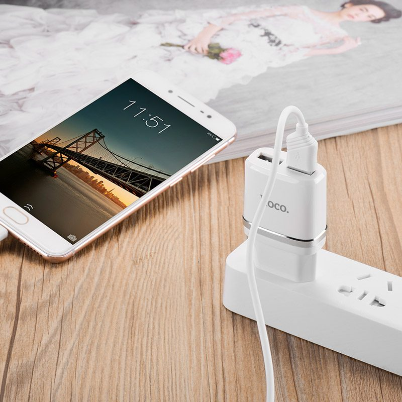 c12 smart dual usb charger charging