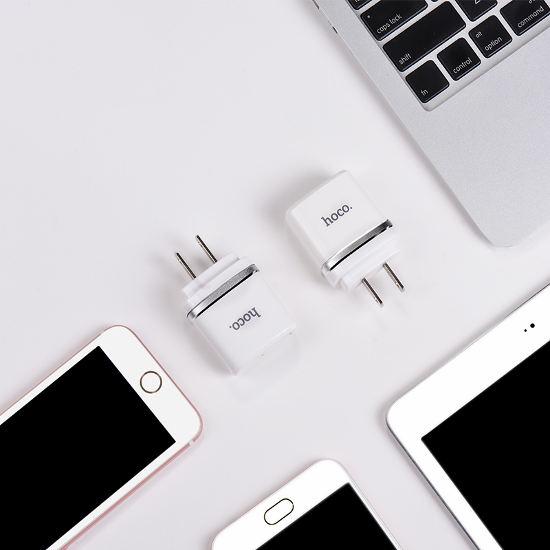 c12a intelligent dual usb charger with devices