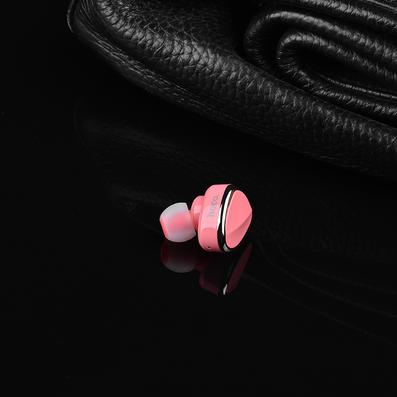 E7 wireless earphone interior pink