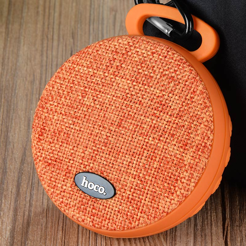 bs7 mobu sport bluetooth speaker hanging