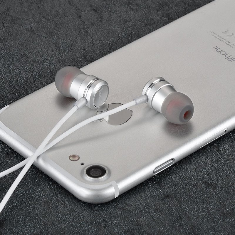 m16 ling sound metal universal earphones with mic silver with phone