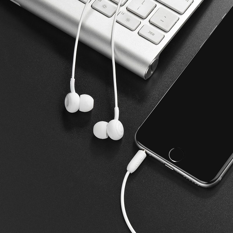m24 leyo universal earphone with mic interior