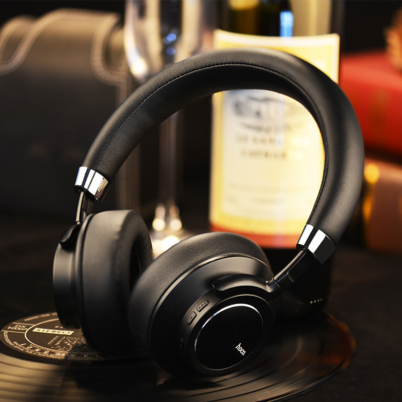 w10 cool wireless headphone black interior