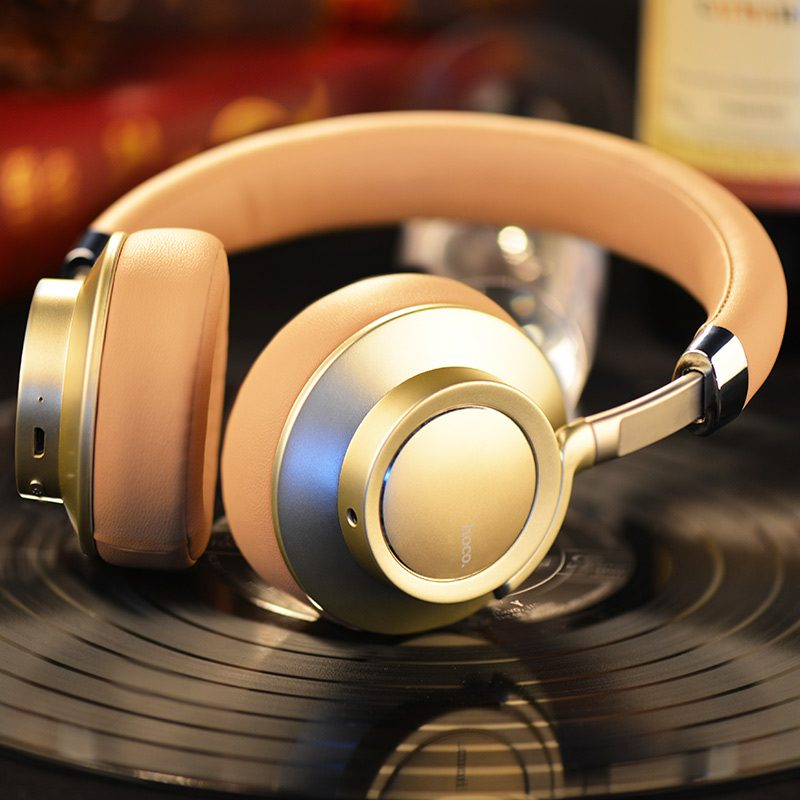 w10 cool wireless headphone gold interior