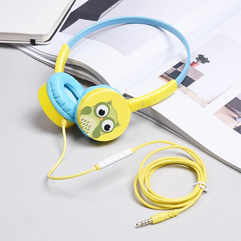 w15 exceptional sound headphones bobby interior