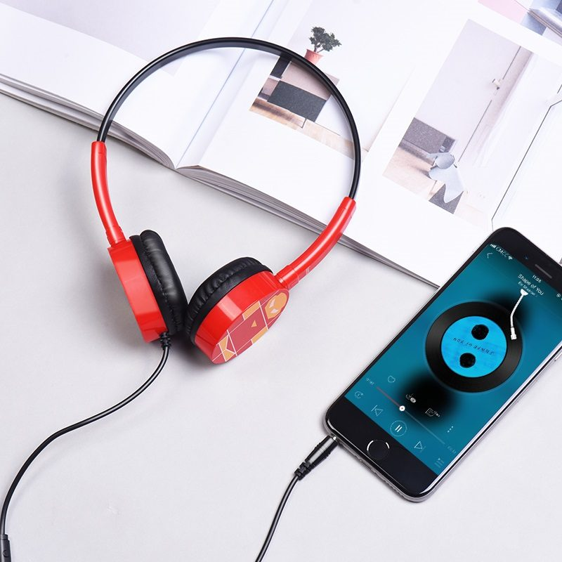 w15 exceptional sound headphones with phone
