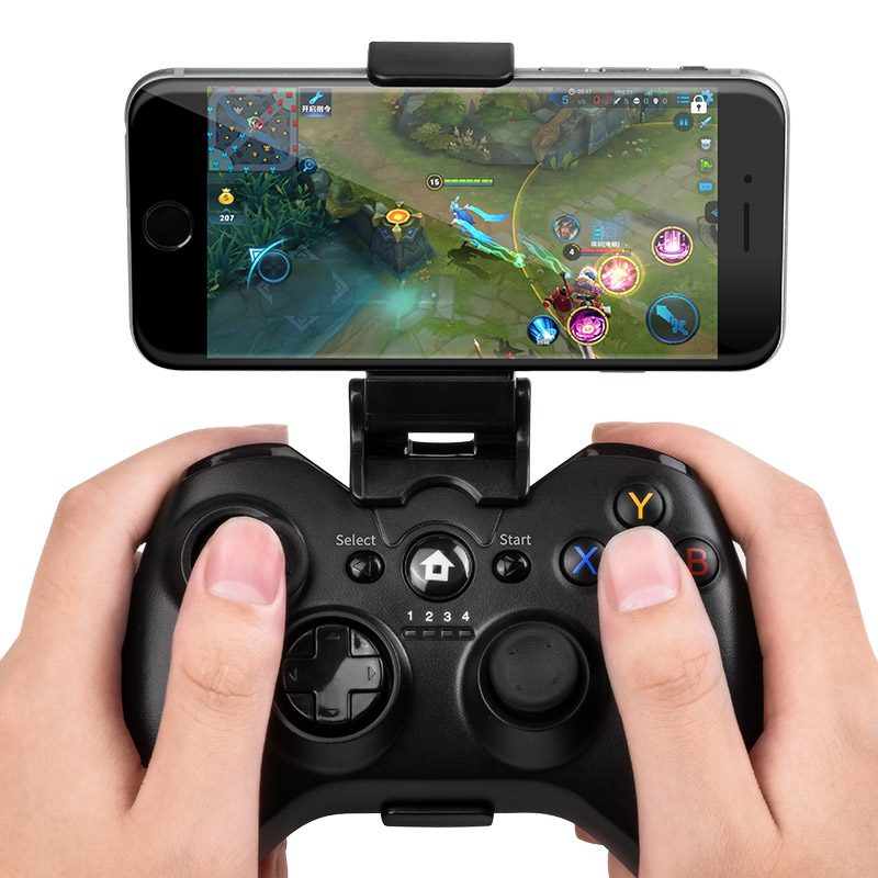 flying dragon wireless gamepad in hand