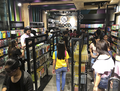 hoco hits ten tenth store in philippines 06
