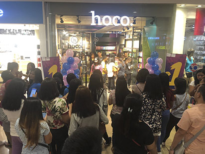 hoco hits ten tenth store in philippines 09