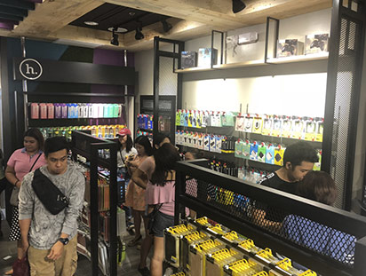hoco hits ten tenth store in philippines 12