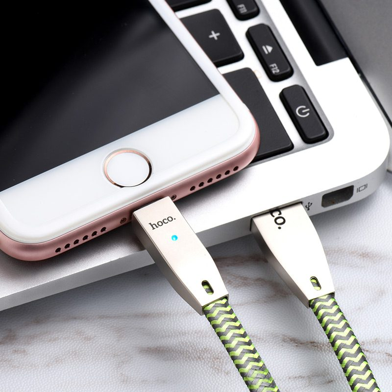 u11 zinc alloy reflective knitted lightning charging cable interior