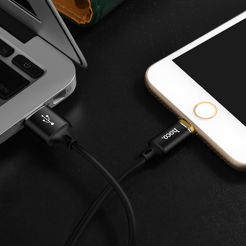 u28 magnetic adsorption lightning charging cable interior