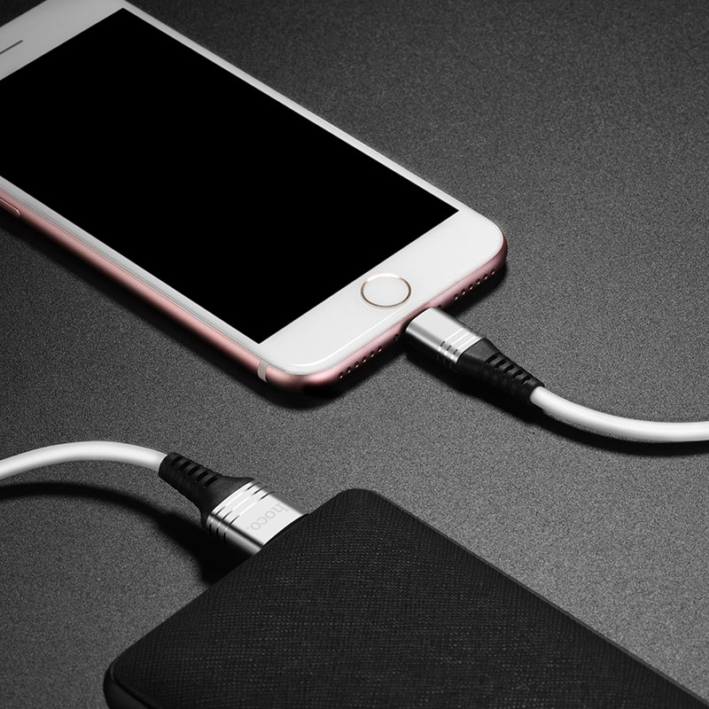 u46 tricyclic silicone lightning charging data cable charge