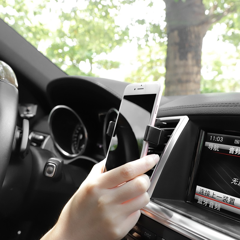 hoco ca38 platinum sharp air outlet in car holder interior