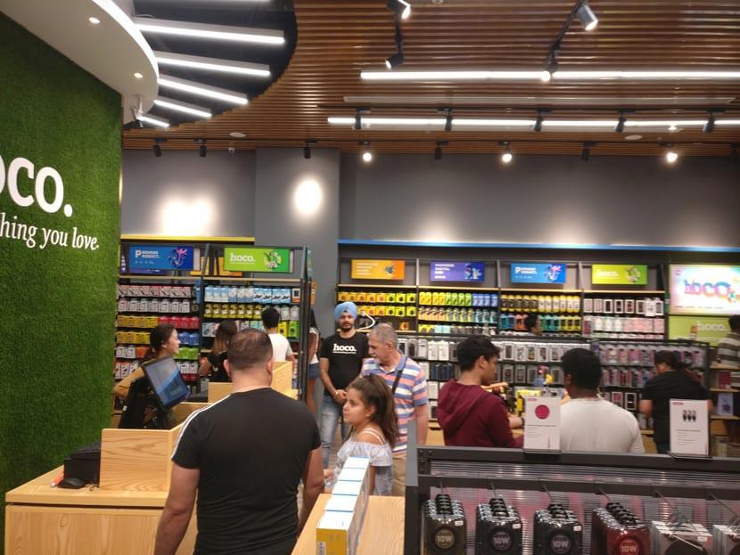 hoco dubai retail store grand opening 11