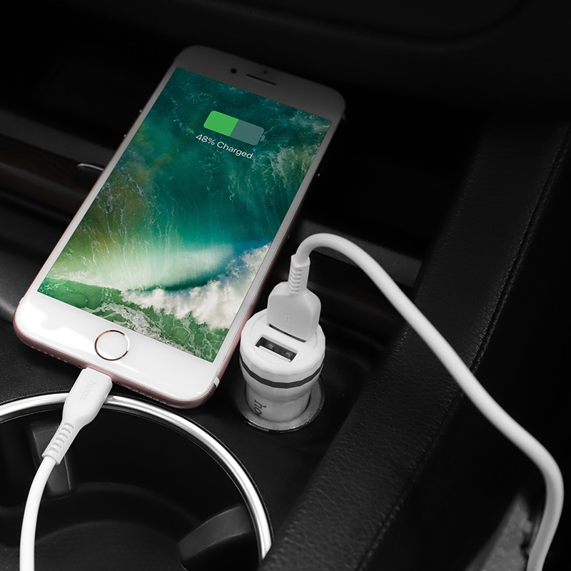 hoco z27 staunch dual port in car charger set lightning phone