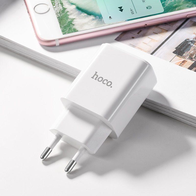 hoco c61a victoria зарядный адаптер с одним USB портом eu штекер логотип