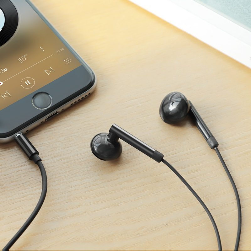 hoco m53 exquisite sound wired earphones with mic phone