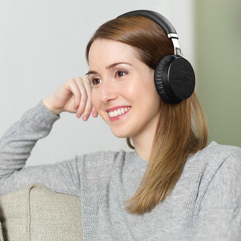 hoco s3 nature sound noise reduction wireless headphone girl