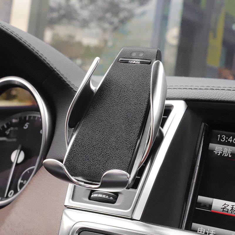 hoco ca34 elegant automatic induction wireless charging car holder incar