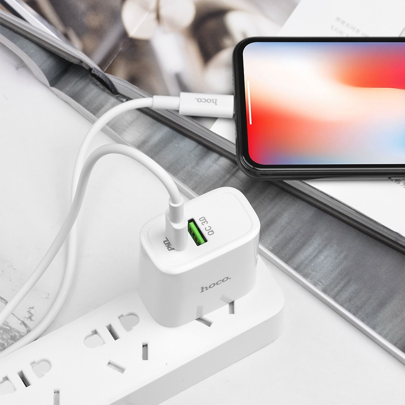hoco c57 speed charger pd qc30 charger us set with type c to lightning cable overview