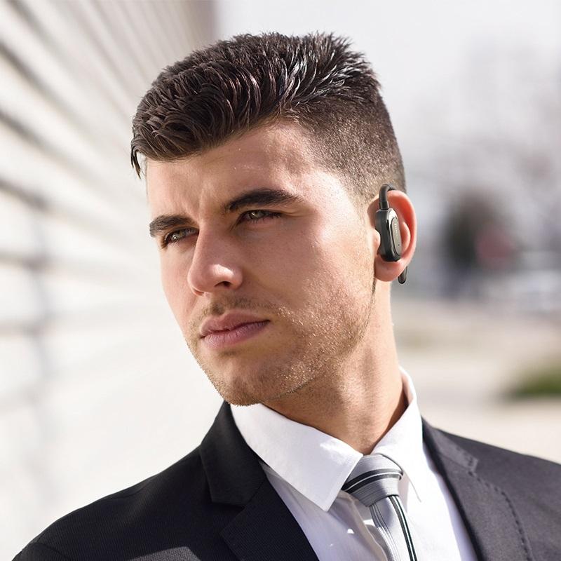 hoco e26 plus encourage wireless headset man