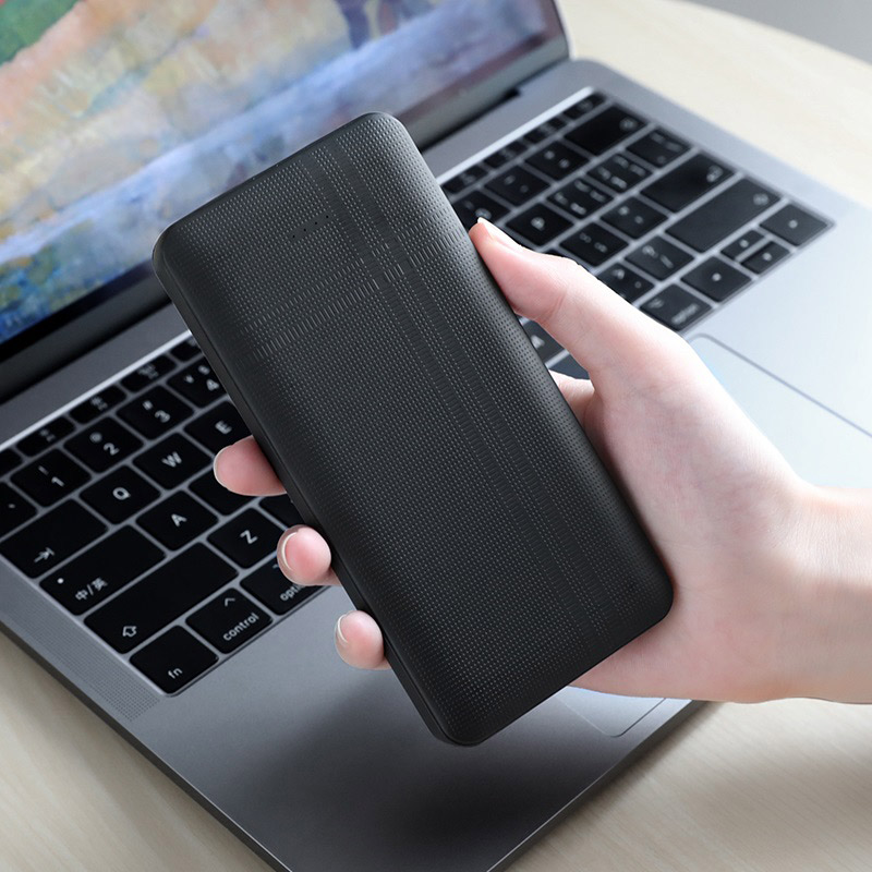 hoco j48 nimble mobile power bank 10000mah hand