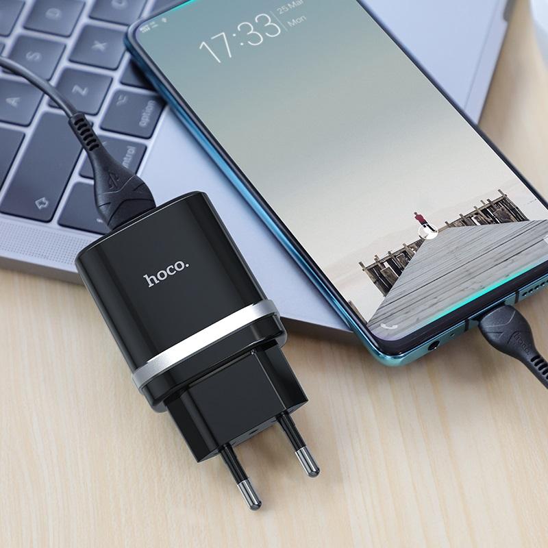 hoco c12q smart qc30 зарядный адаптер eu набор с кабелем type c интерьер