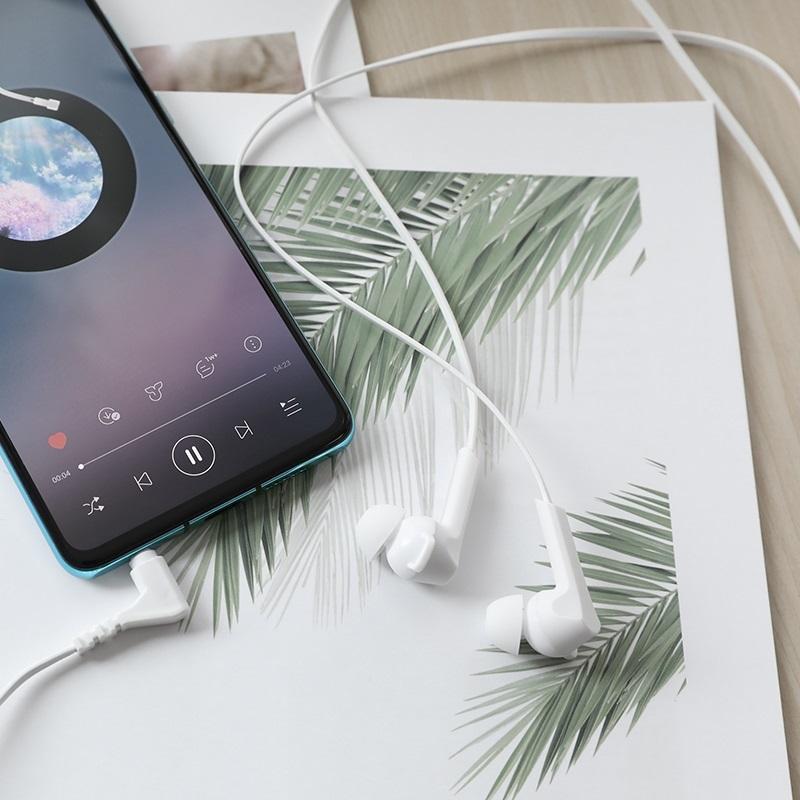 hoco m72 admire универсальные наушники с микрофоном интерьер белый