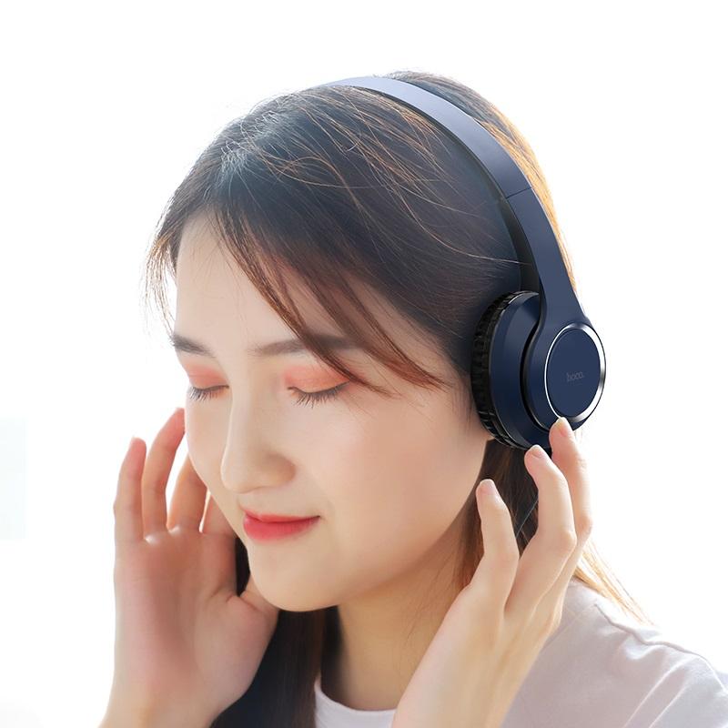 hoco w28 journey wireless headphones woman