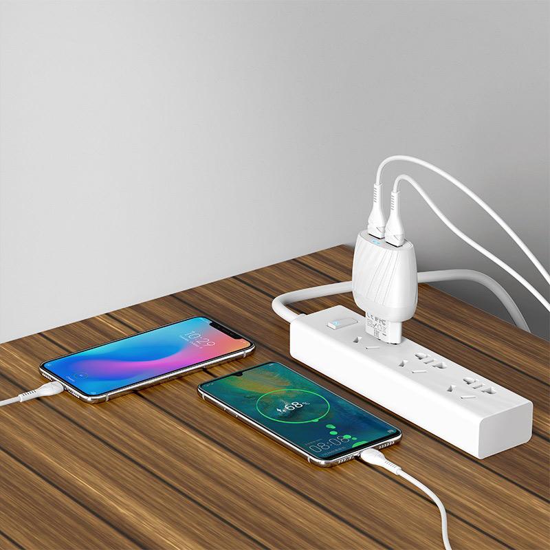 hoco c78a max energy зарядное устройство с двумя портами eu набор с кабелем type c зарядка