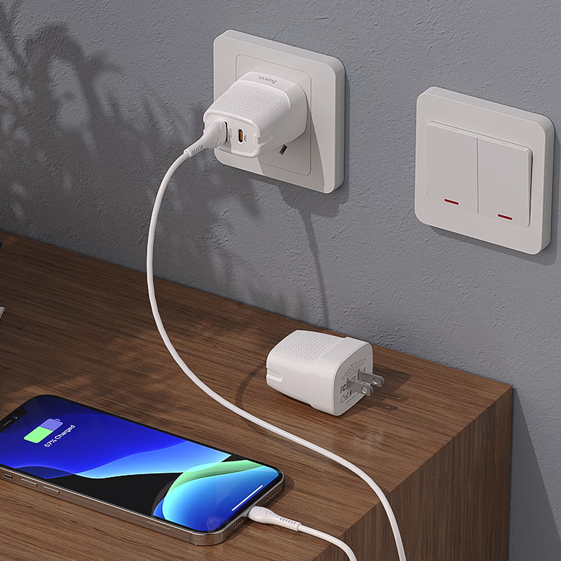 hoco c85 bright dual port pd20w qc3 wall charger us charging